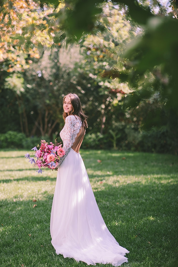 lavish-bridal-shoot-prettiest-flowers_29