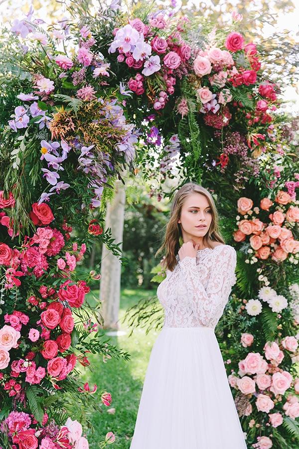 lavish-bridal-shoot-prettiest-flowers_31