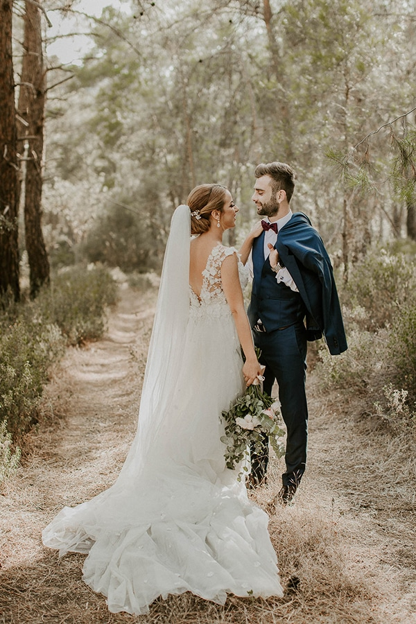 lovely-cyprus-wedding-pastel-hues_03