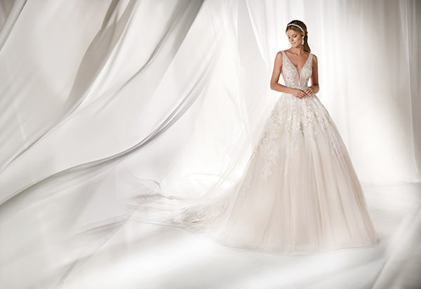 luxurious-bridal-collection-unique-bridal-look_01
