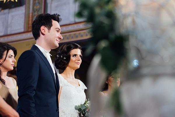 romantic-summer-wedding-white-gold-details_01
