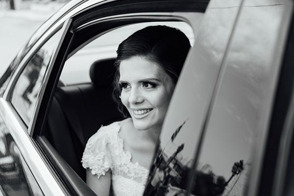 romantic-summer-wedding-white-gold-details_14