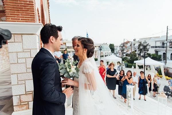 romantic-summer-wedding-white-gold-details_15