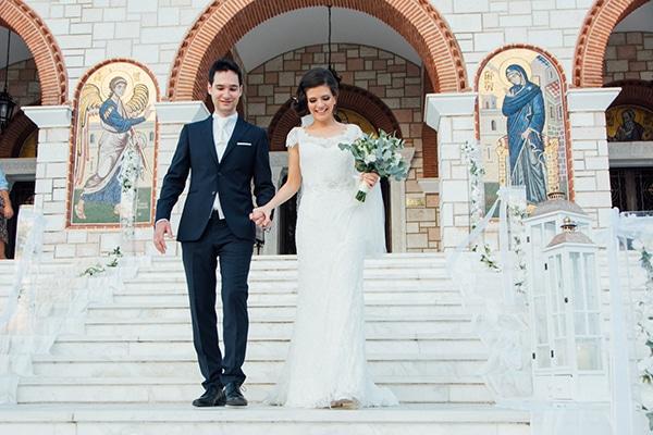 romantic-summer-wedding-white-gold-details_18