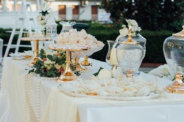 romantic-summer-wedding-white-gold-details_19
