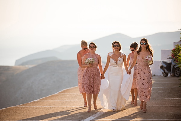 romantic-wedding-beautiful-folegandros_16x