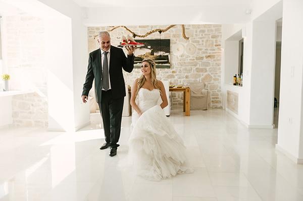 romantic-wedding-island-white-flowers_12