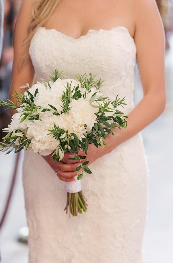 romantic-wedding-island-white-flowers_20