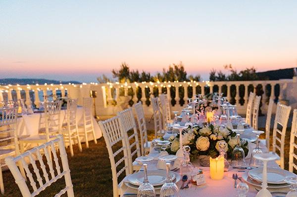romantic-wedding-island-white-flowers_23