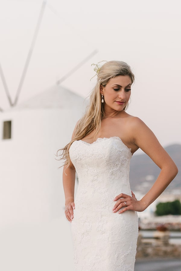 romantic-wedding-island-white-flowers_27
