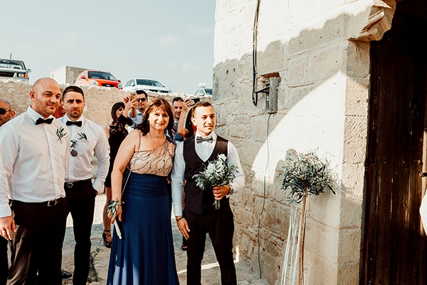 beautiful-rustic-summer-wedding-paphos_33