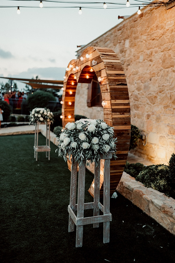 beautiful-rustic-summer-wedding-paphos_57