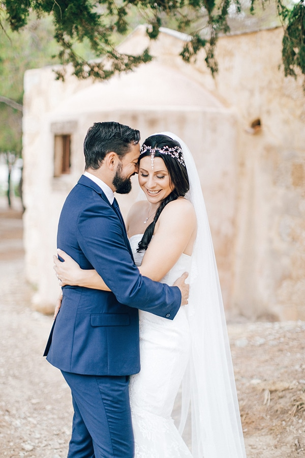 beautiful-rustic-wedding-rethymno_01