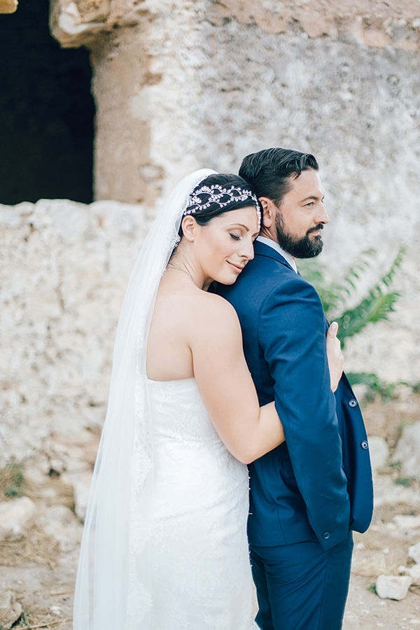 beautiful-rustic-wedding-rethymno_02
