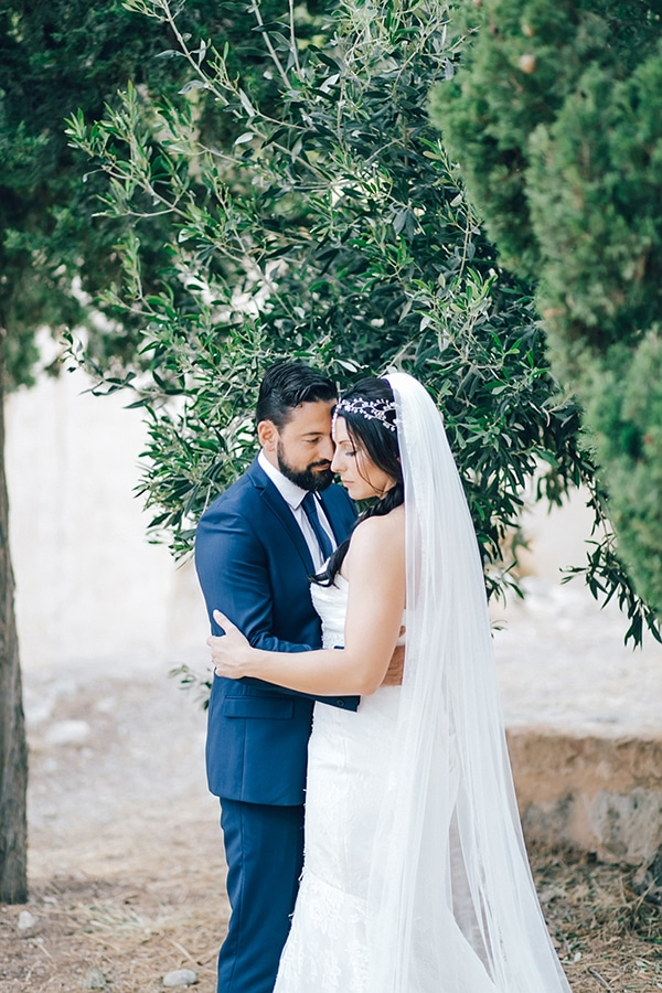 beautiful-rustic-wedding-rethymno_03