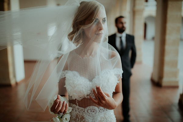 romantic-summer-cyprus-wedding_04x