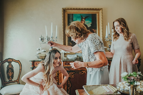 summer-fairytale-wedding-vivid-colors_09