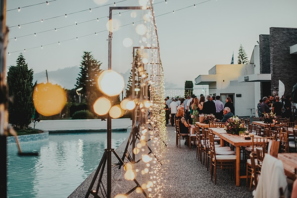 summer-fairytale-wedding-vivid-colors_29