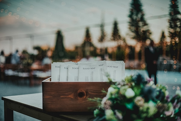 summer-fairytale-wedding-vivid-colors_30
