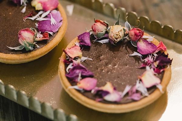 unique-sweet-creations-edible-flowers_08