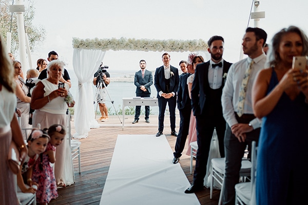 beautiful-romantic-wedding-white-hues-cyprus_28x