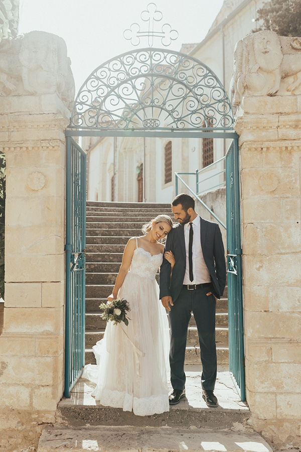 beautiful-summer-wedding-lefkara_01