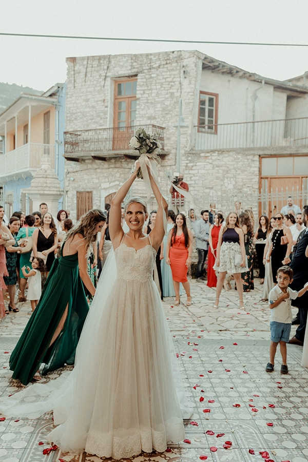 beautiful-summer-wedding-lefkara_27