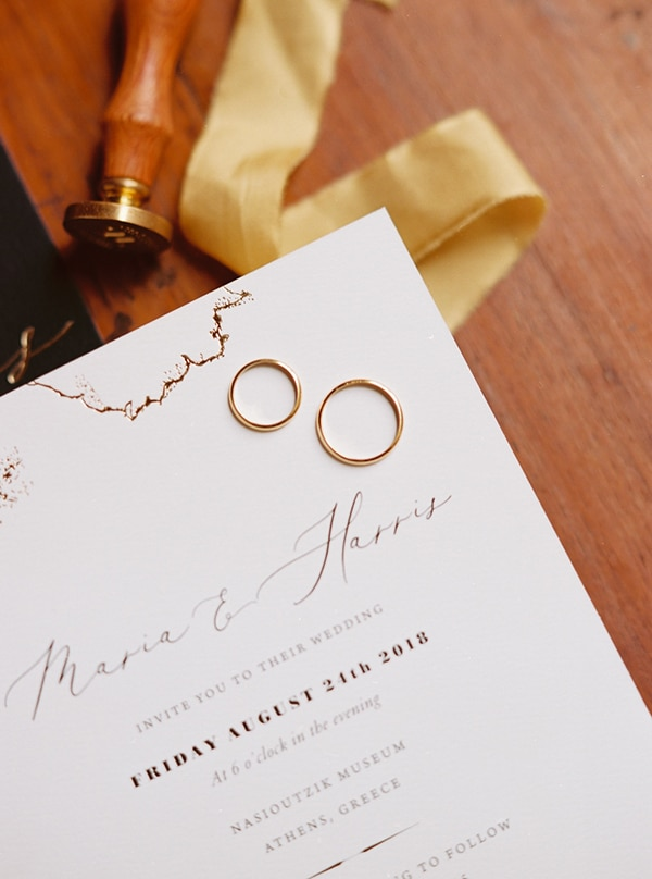 elegant-white-gold-black-details_05x