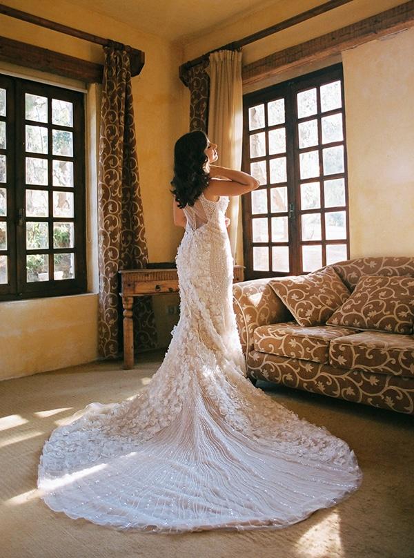 elegant-white-gold-black-details_09