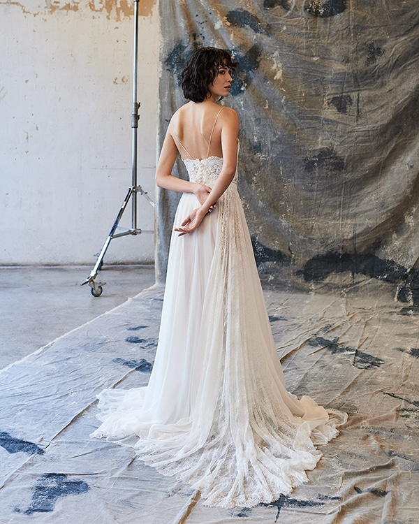 ethereal-feminine-wedding-dresses-you-will-love_18