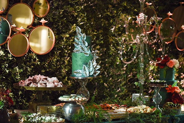 impressive-wedding-decoration-atmospheric-lighting_13