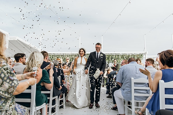 beautiful-beach-wedding-white-green-hues_33