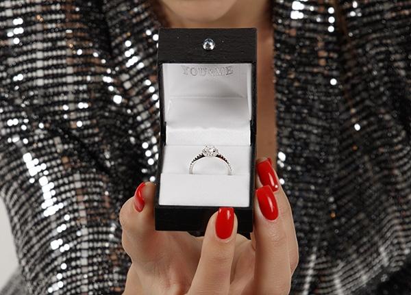 beautiful-impressive-engagement-rings_01