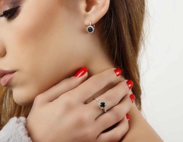 beautiful-impressive-engagement-rings_02