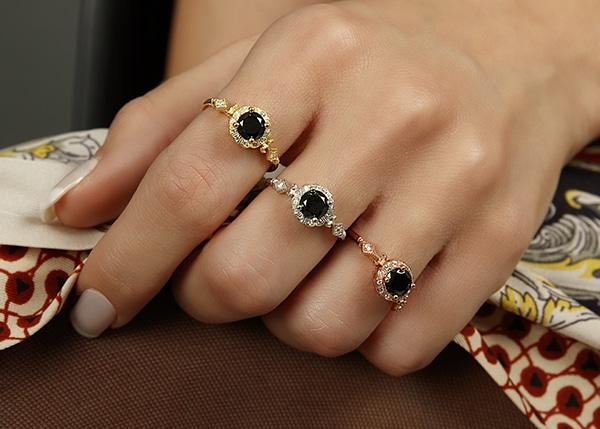beautiful-impressive-engagement-rings_05