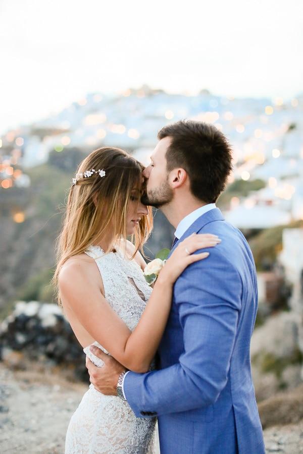 romantic-summer-wedding-idyllic-santorini_01x