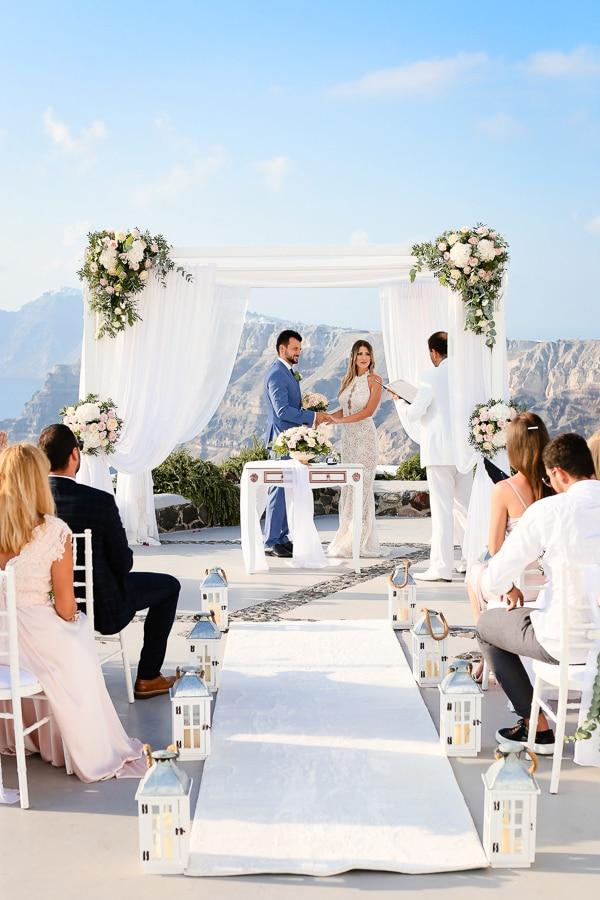romantic-summer-wedding-idyllic-santorini_15x