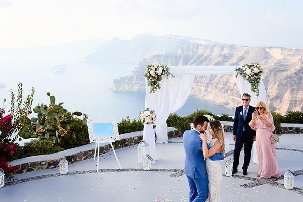 romantic-summer-wedding-idyllic-santorini_20