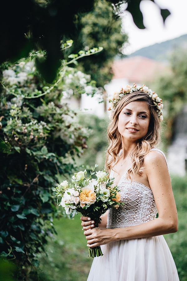 romantic-wedding-pelion-white-peach-hues_07