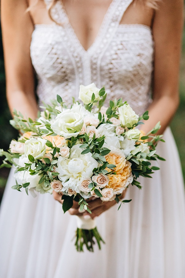 romantic-wedding-pelion-white-peach-hues_07x
