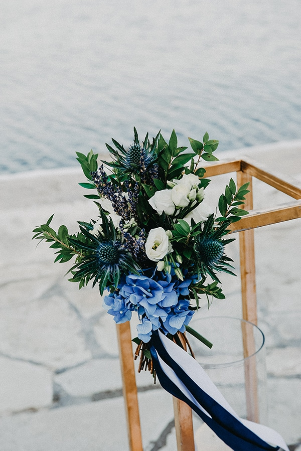 gorgeous-fall-wedding-corfu-blue-white-details_06