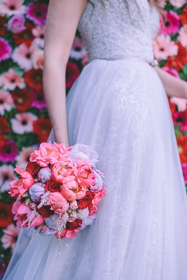 Ρομαντικη νυφικη ανθοδεσμη