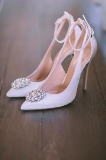 Πανεμορφα νυφικα παπουτσια