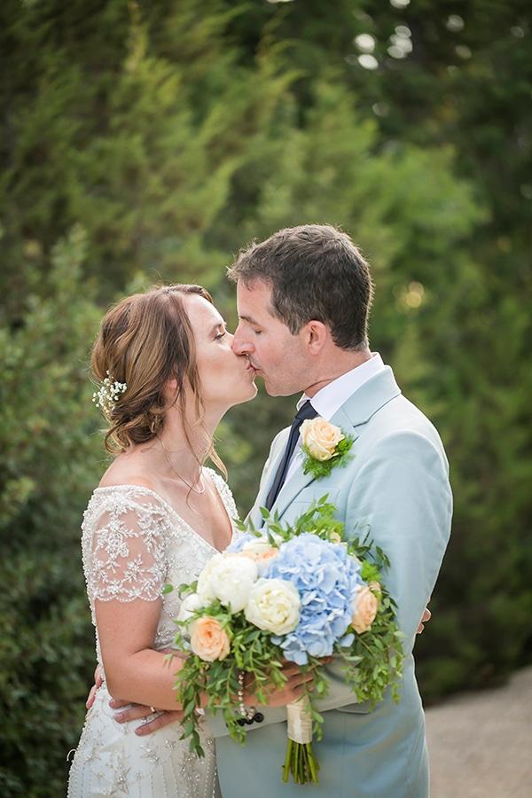beautiful-civil-wedding-kefalonia-peach-blue-hues_03