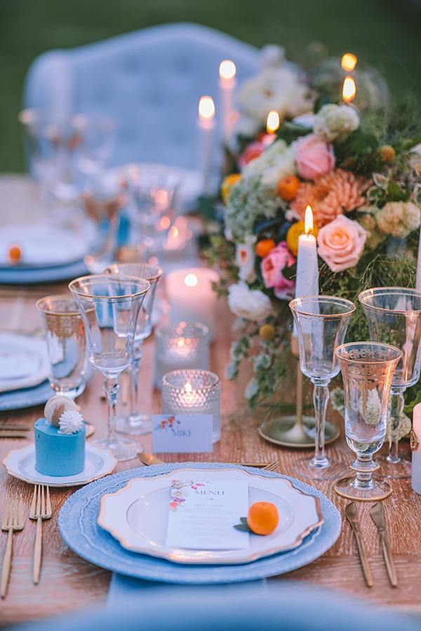 dreamy-elegant-styled-shoot-orange-hues_51
