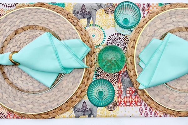 modern-clear-tableware-bright-mint-hues_04