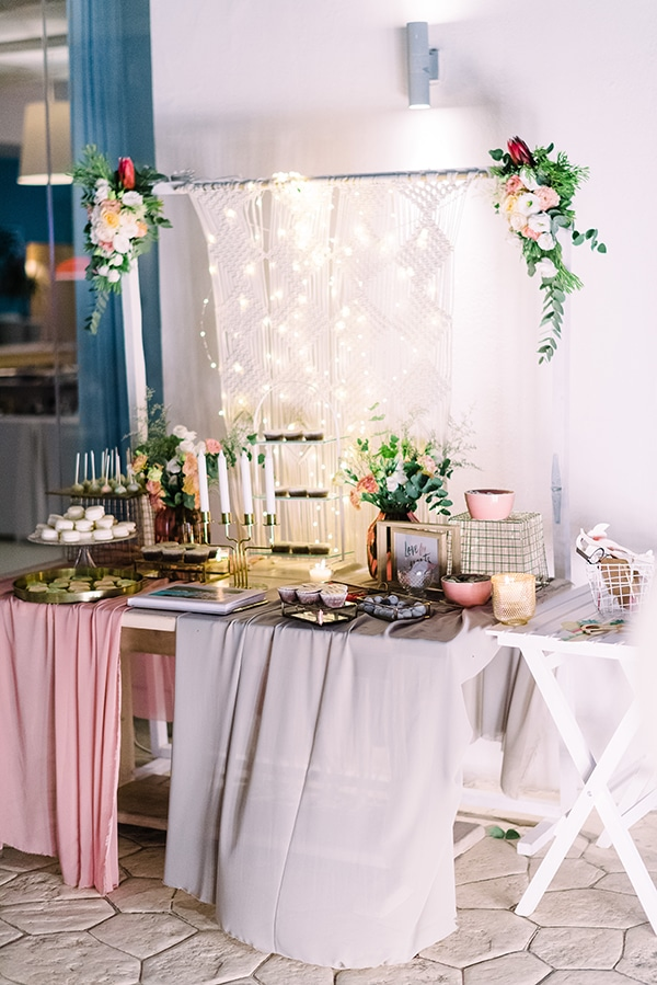romantic-summer-wedding-pastel-hues-flowers-fairylights-korinthos_36x