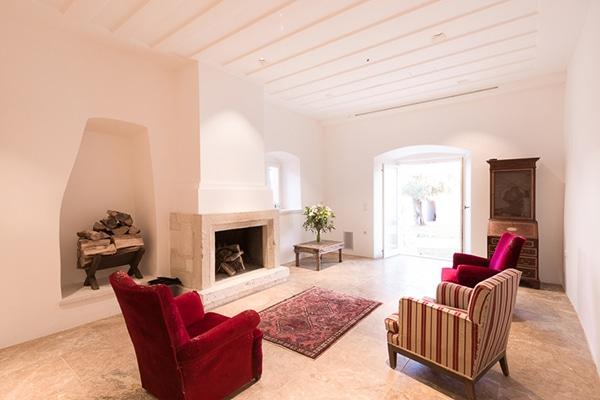 unforgettable-honeymoon-rustic-courti-estate_04