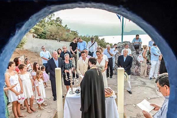 beautiful-island-wedding-sea-view_11