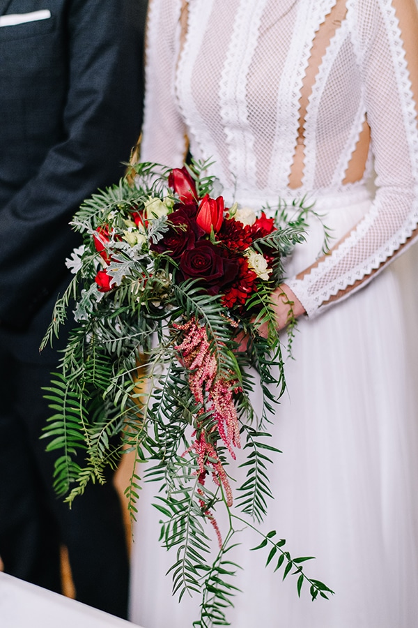 christmas-wedding-athens-burgundy-hues_26